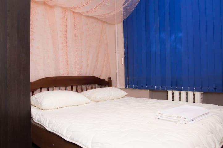 Тихий двухместный номер в Ростове для Вас! - Rostov - Bed & Breakfast