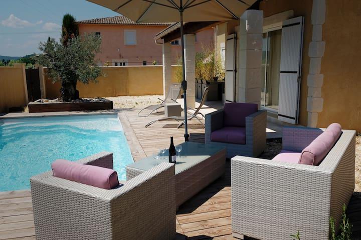 Maison 3* tout confort,  piscine privée & chauffée