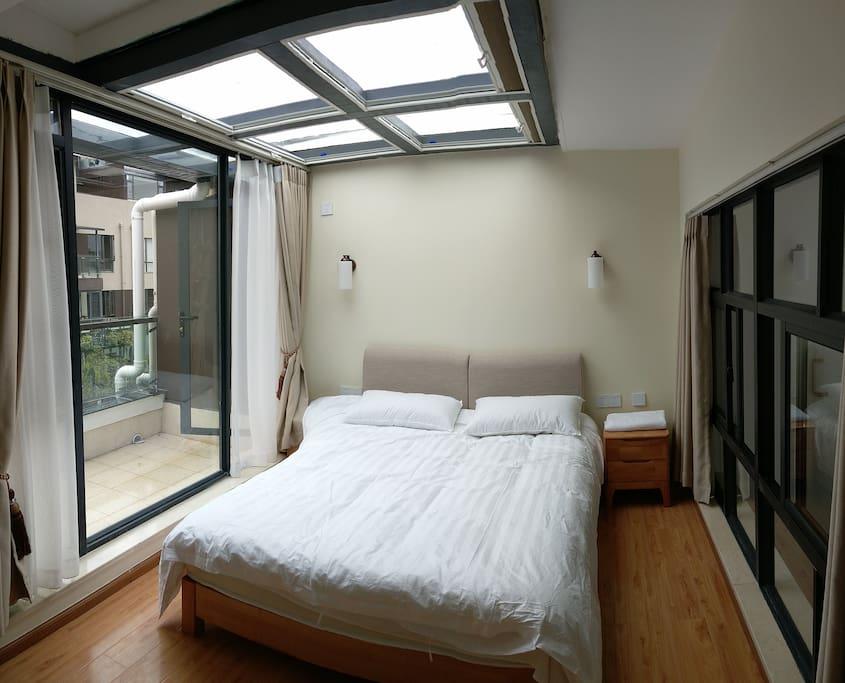 4楼西-星空房,1.5米大床