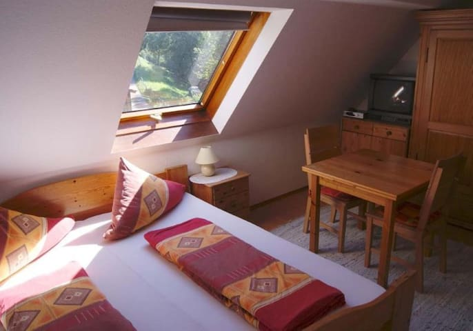 Holiday Apartment Achraintal 2 with Mountain View & Wi-Fi; Parking Available, Pets Allowed