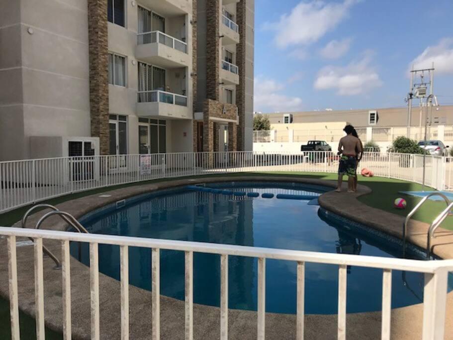 piscina Condominio