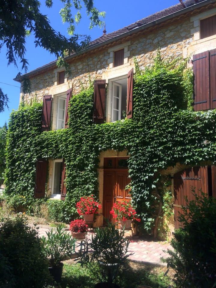 B&B : Chambre familiale au coeur du Quercy