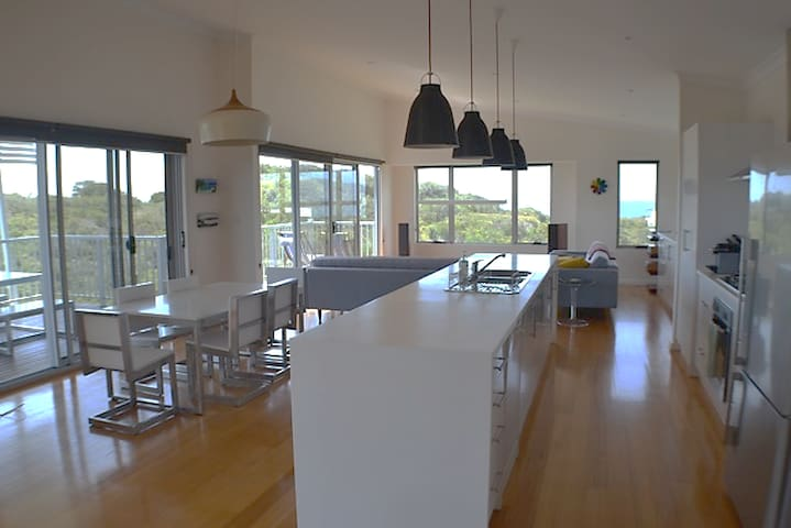Goode Beach Retreat - Bay, Lake & Albany WA Views
