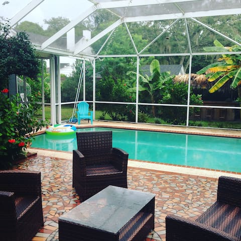 Poolside and Private Ortega/Avondale/NAS - Jacksonville