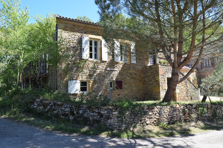 Le Petit Pattaris - cottage with private pool