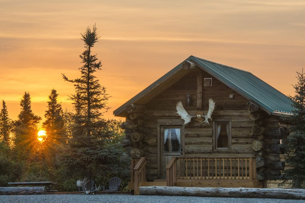 Cozy alaskan log cabins chalet in affitto a king salmon for Piani di log cabin lodge