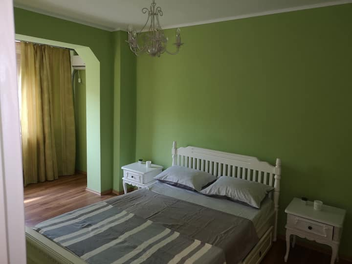 Central, lovely and comfortable apartment.