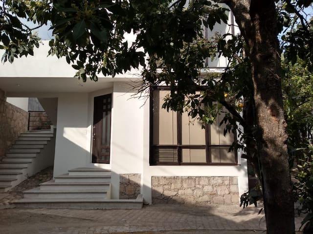 La Huerta de Pilar- Departamento en el centro