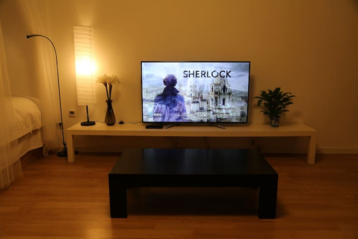 55吋智能平板电视