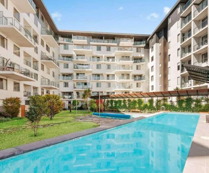 Avenue Apartment 2br + free carpark + netflix