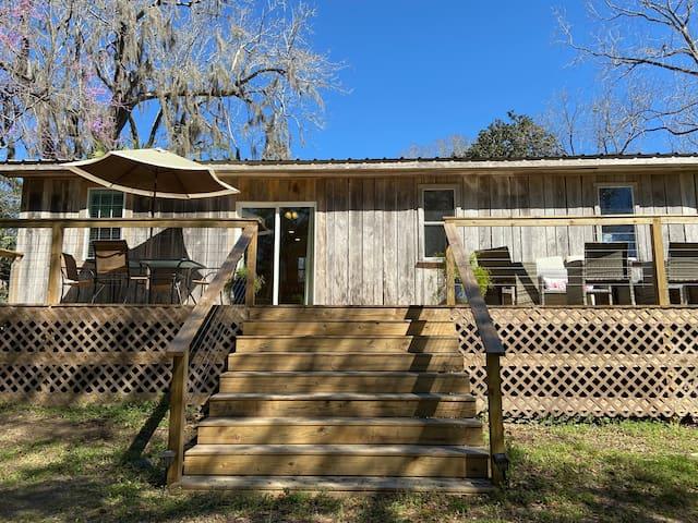 The Cottage at Lake Jackson