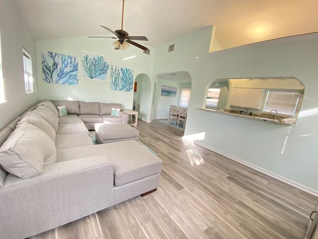NEW!! Coral Sands II at Indian Rocks Beach!