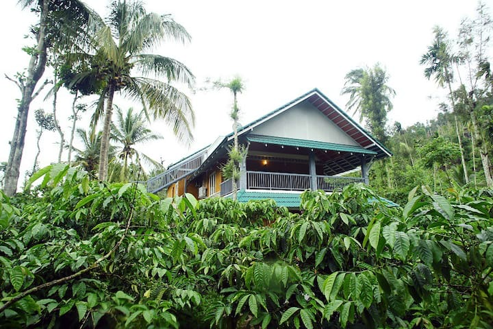 Premium Rooms at Field View Estate Bungalow