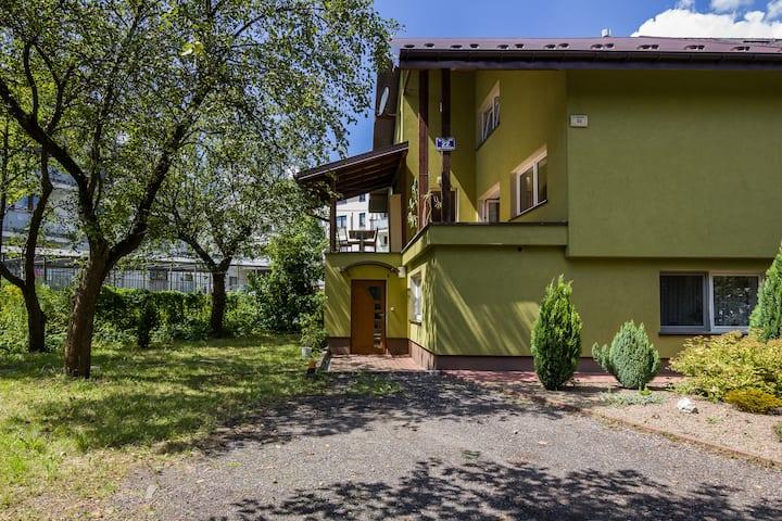 Dom z ogrodem przy ulicy Parkowej 22