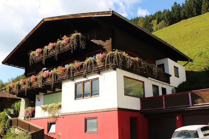 apartment with large balcony 2-4 p. - Stuhlfelden - Condo