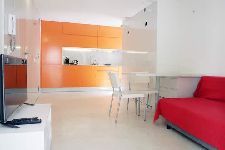 Alfama Orange Loft