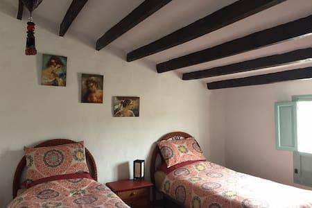 Twin Room in Cortigo, Spanish Hills