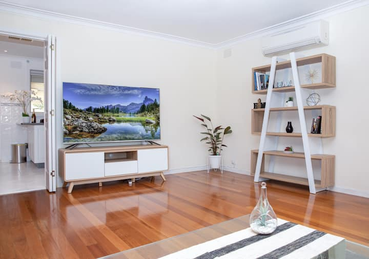 Lovely quiet home in Melbourne west suburb