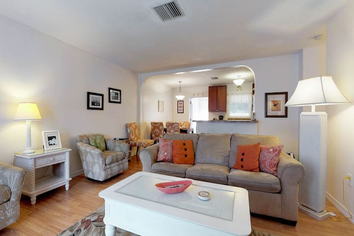 Pair of duplexes w/ private pool & sunroom - two blocks from the beach!