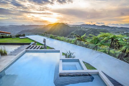 CASAMERICA - Luxury Private Villa