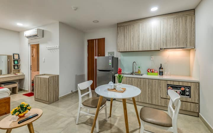 Tan Binh | Apartment Service | Near E-town