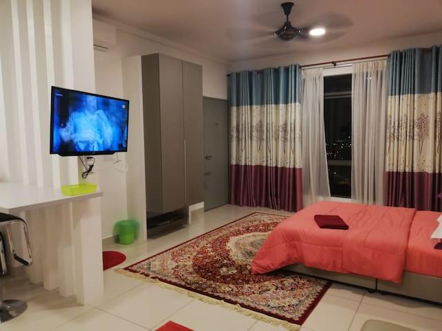 Sahara II @ EVO Soho Suites