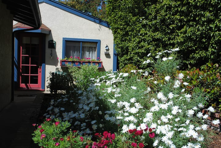 The Cottage in the Garden