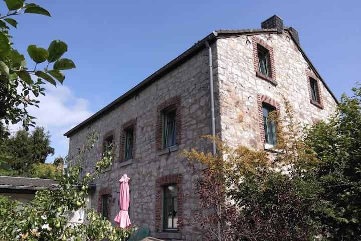 Schönes Bruchsteinhaus in Stolberg