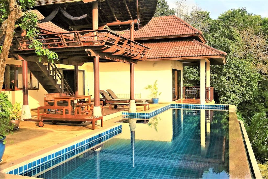 The private pool and sala and dining area