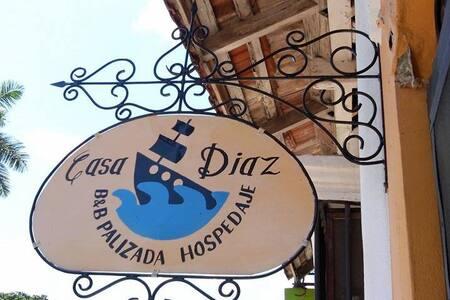 Casa Diaz, Habitación 1