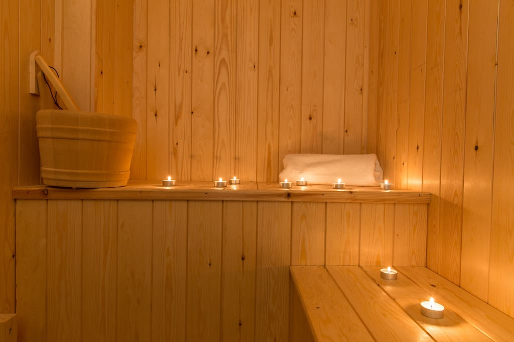 Warm lighting, essential oils ... a promise for unique wellness moments.
