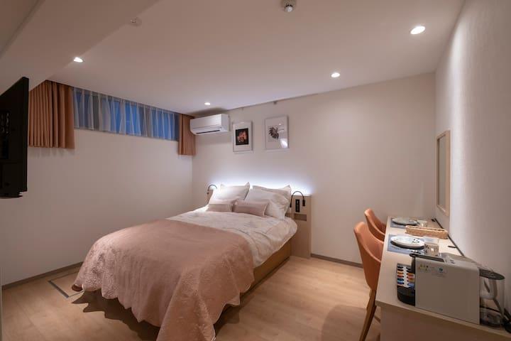 E room「Studio Inn Nishi Shinjuku」Double Economy