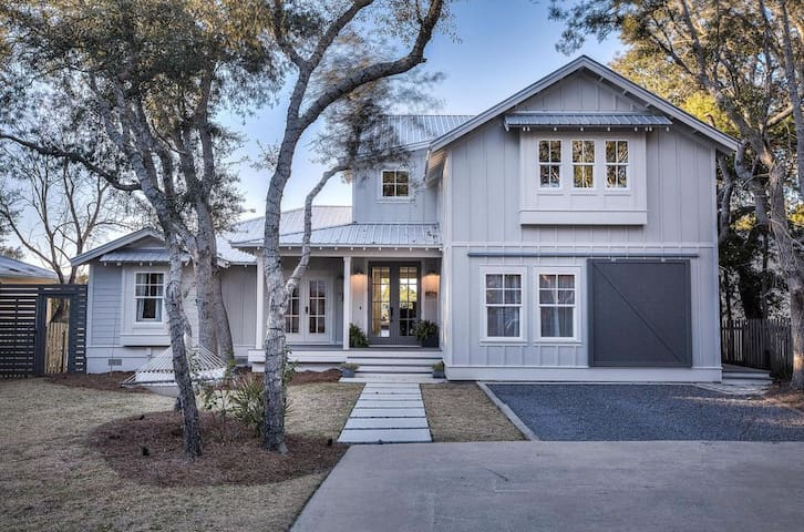 Best of Both Worlds 30A Waterfront Gulf Lake House - Seacrest - Hus