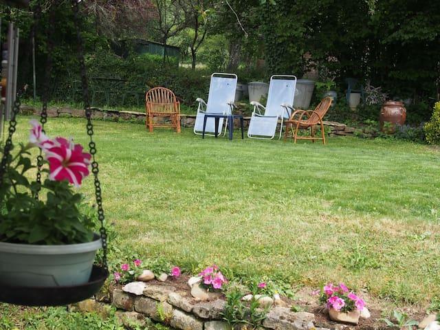 Chambre très calme au coeur de la Bourgogne