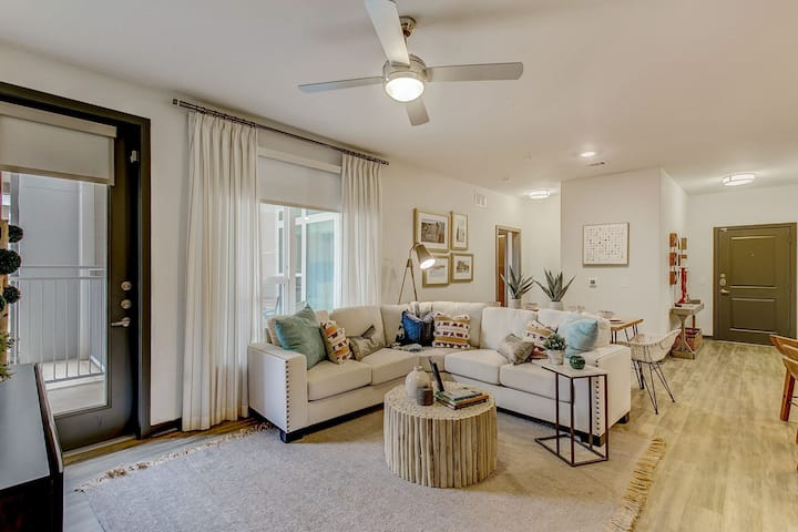 Professionally maintained apt | 2BR in Fort Worth
