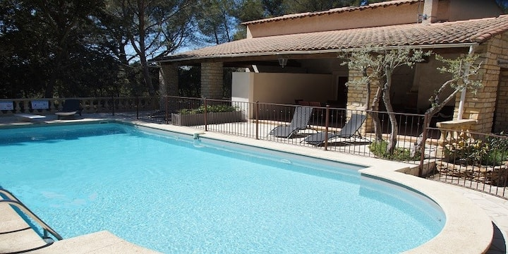 MAISON 5 pers  2 chambres Provence-PiscineTennis