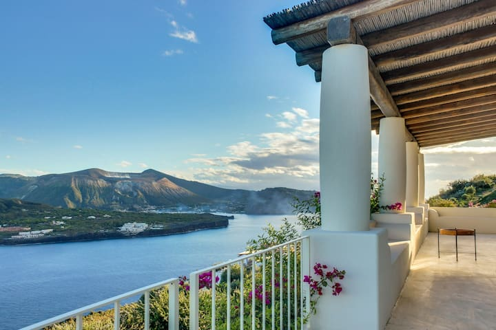 Vulcano Island Breathless View Villa