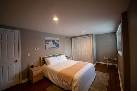 Oakland Guest House - Comfy & Close to Everything
