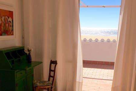 NICE HOUSE ON THE BEACH. - Punta Umbría