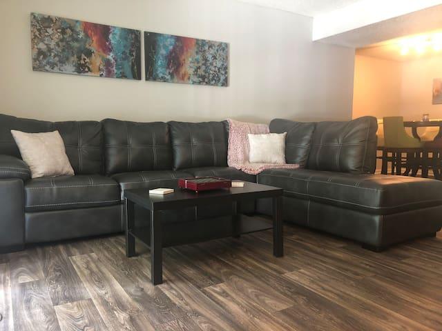 Cozy Apartment   Suntrust Park & Cobb Galleria