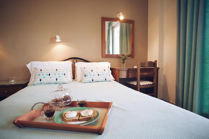 Bed and breakfast in the heart of Laganas