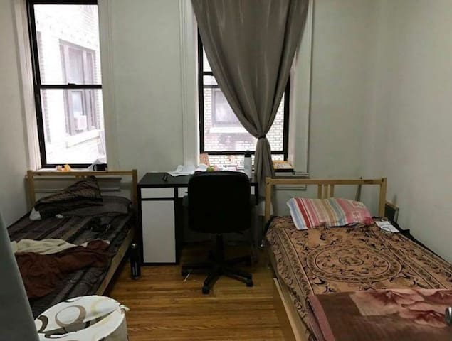 Fully furnished room on 110th St Broadway for rent