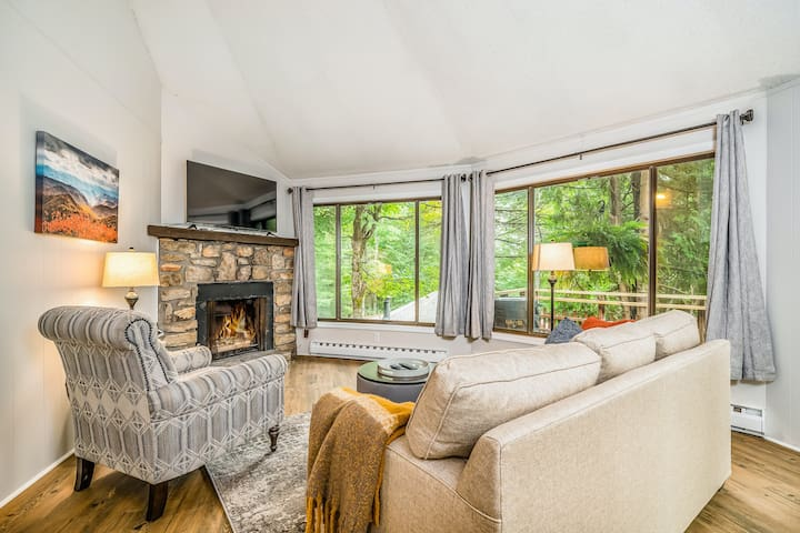 Unique, dog-friendly home in the woods w/ a deck & forest view - near skiing