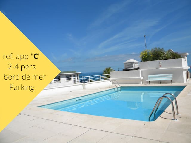 appartement 2-6 pers avec piscine et parking privé