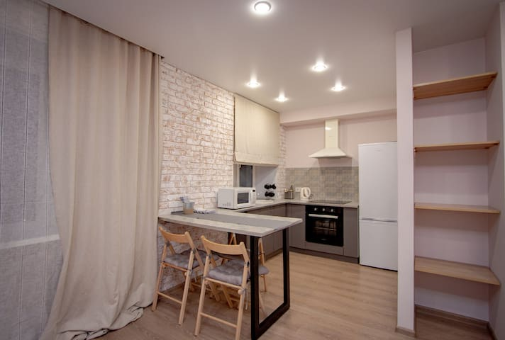 Апартаменты в Центре  (Сквер Сурикова )