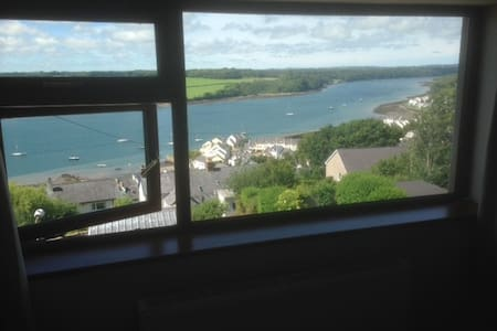 House with stunning views in Felinheli - Y Felinheli