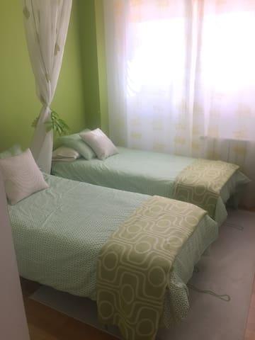 Habitación doble en Laredo
