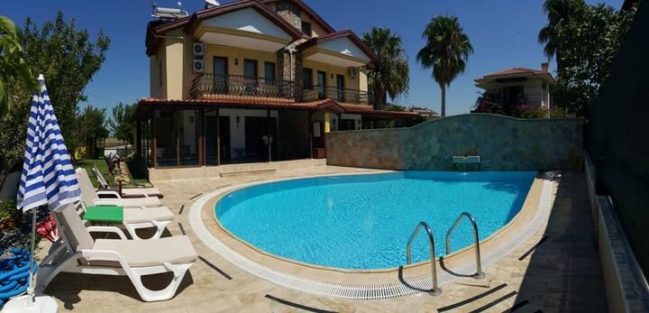 Dalyan'da özel havuzlu tatil villası-Villa Safir