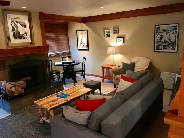 1 BR Ski Chalet in The Aspens - Wilson - Condominium