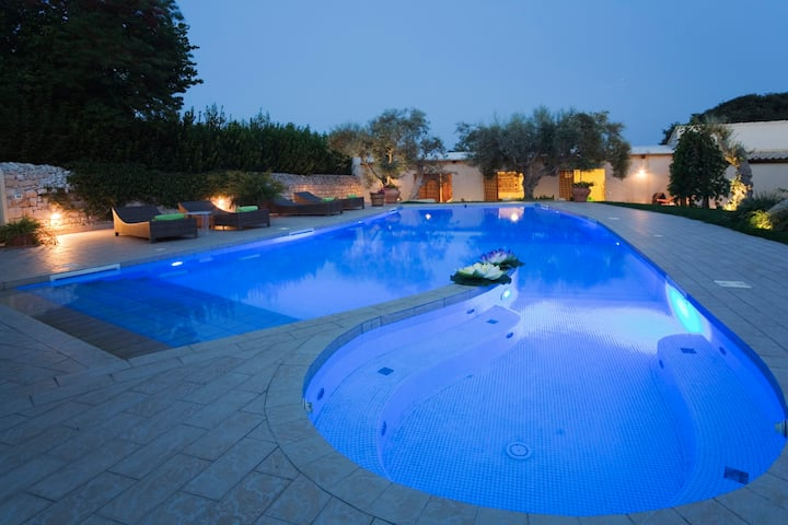 Villa Michela with pool